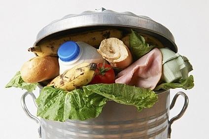 Koniec z marnowaniem jedzenia przez sklepy?